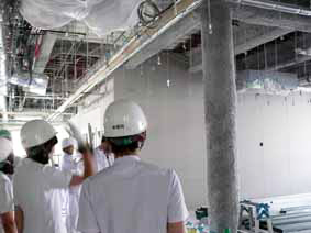 工事中の新2病棟内部 食堂